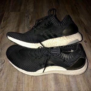 Adidas ultra boost tennis shoe